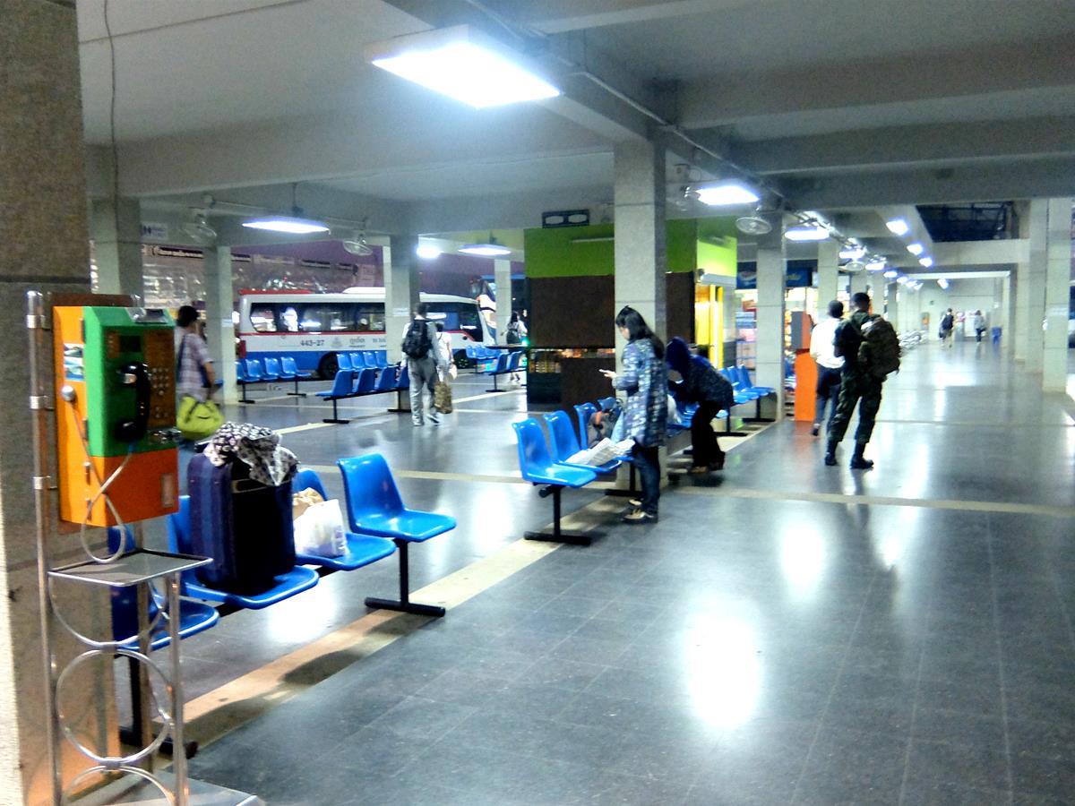 Phuket Bus Terminal 2 Platform