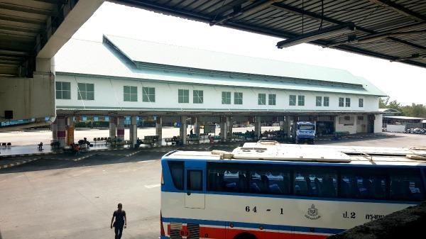 Southern Bangkok Bus Terminal (Sai Tai Mai)  - Bus platform