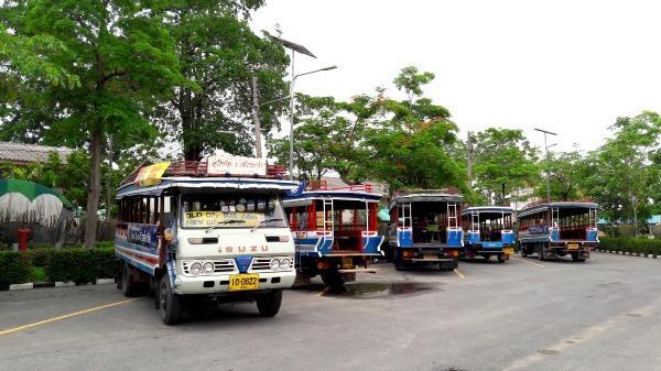 Sukhothai Bus Station - Songthaew area 2